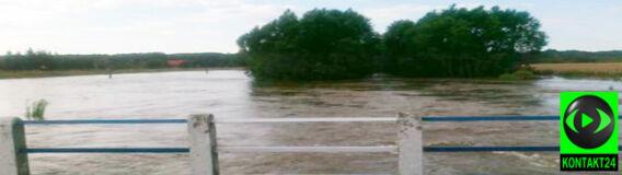 Woda w Odrze i Wiśle opada, ale powoli